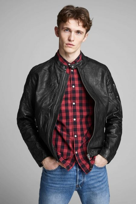 plain round neck black jacket